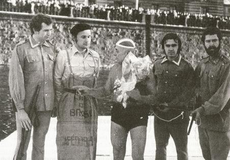 otužilci - zleva Pavel Landa, Václav Židek, Oldřich Liška, František Kosař a Vladimír Komárek